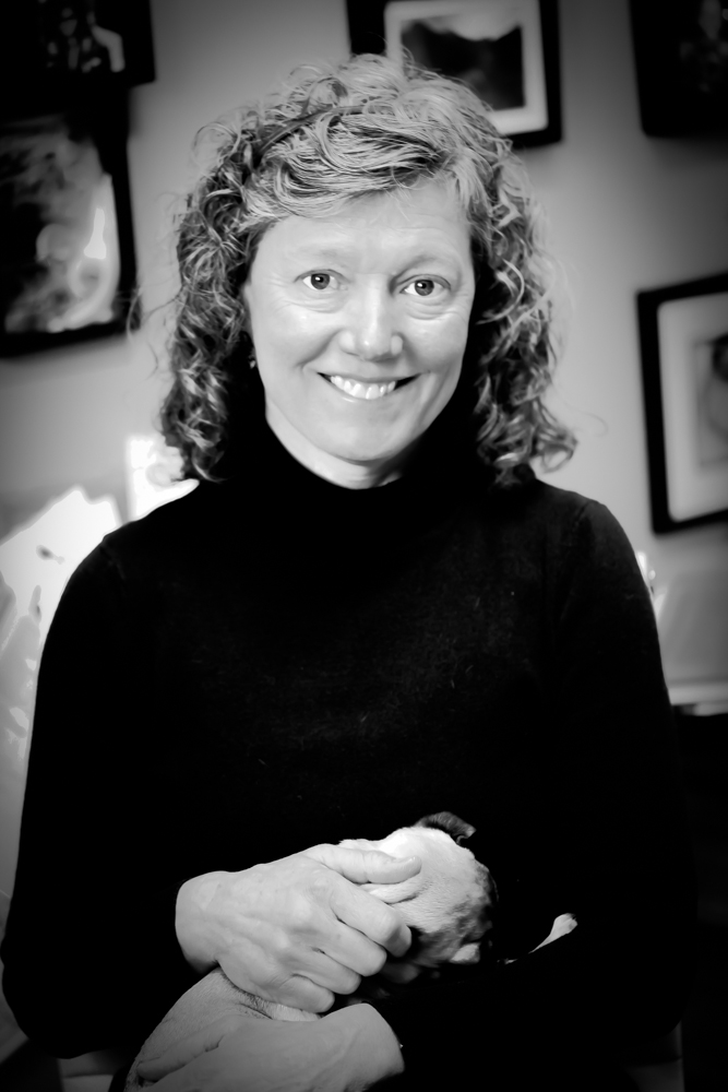 Image of Dr.Joan Bloom, a female doctor serving Sandpoint and Ponderay Idaho